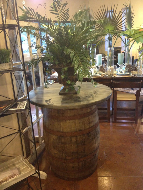 Wine Barrel Table (36u2033 Round)